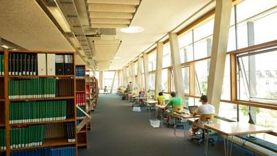 pm--2593-bibliothek-16x9.jpg