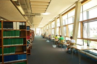 pm--2593-bibliothek.jpg